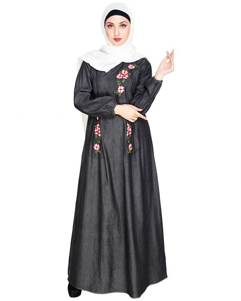 Box Pleated Black Abaya