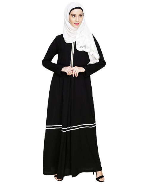 Graceful Lacy Black Abaya