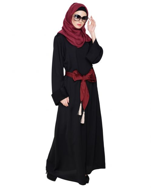 Beautiful Tassel Dubai Style Abaya