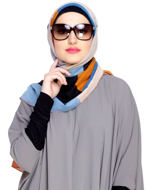 Catchy Abstract Print Peach Hijab