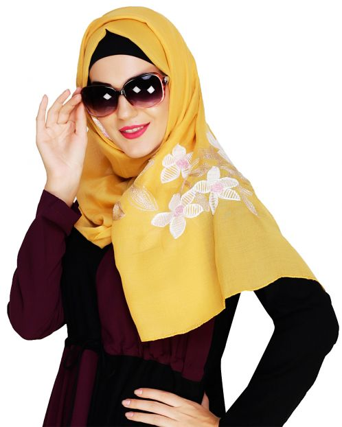 Floral Emboidered Yellow Hijab
