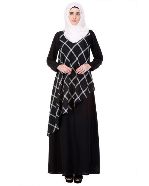Diagonal Checked Panel Black Abaya