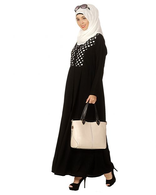 Black Hand Crafted Checkered Yoke Abaya