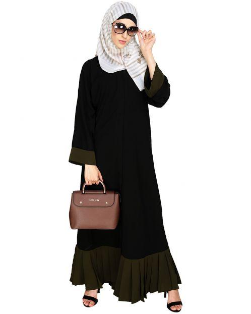Pleated Bliss Dubai Style Abaya