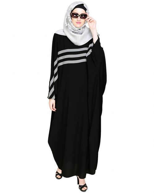 Sporty Kaftan With Grey Detailing