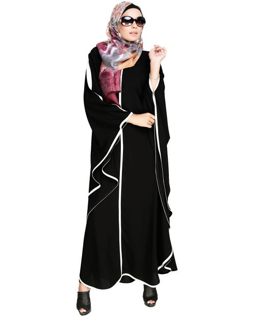 Modish Black Kaftan with White Detailing