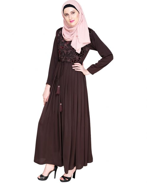 Sylvan Pleated  Dubai Style Brown Abaya