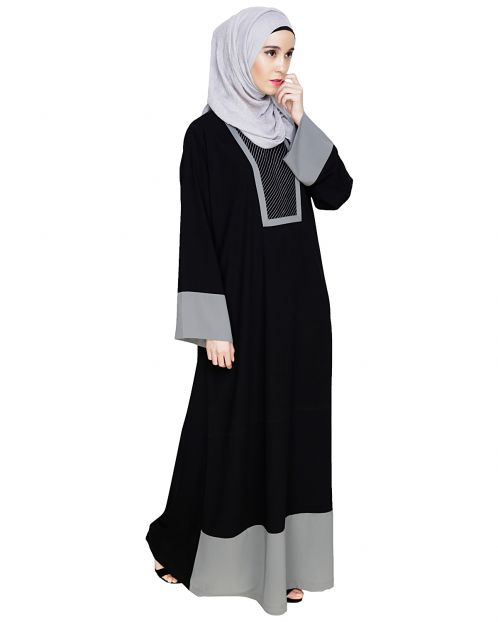 Embroidered Yoke Black Dubai Style Abaya