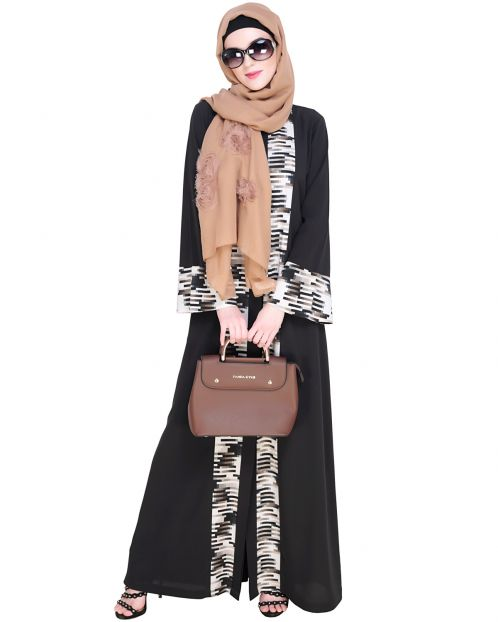 Jaunty Printed Grey Abaya