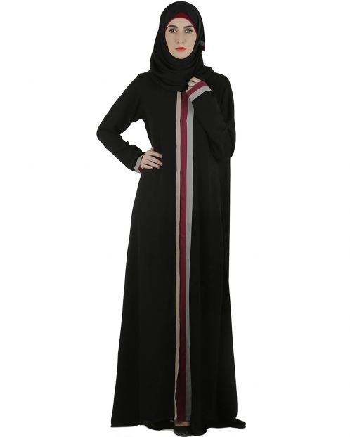 Tricolor panelled black abaya