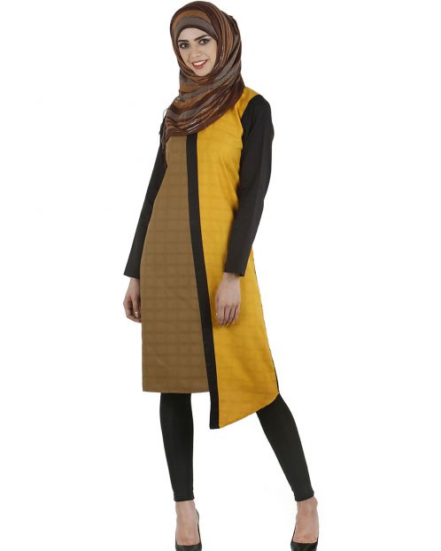 Color blocked accent tunic