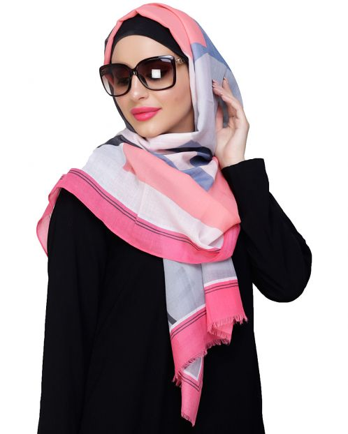 Edgy Multicolor Abstract Print Hijab