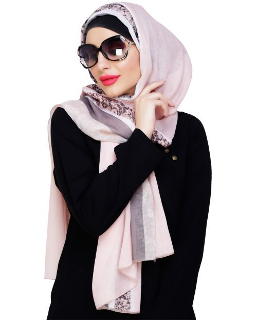 Marble Border Print Peach Hijab