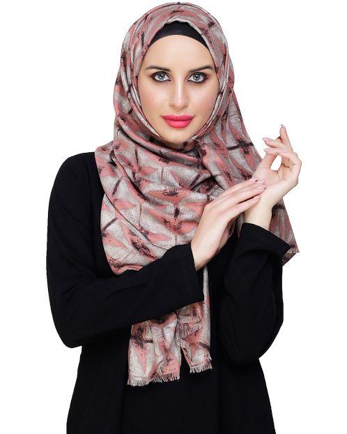 Vougish Triangle Print Peach Hijab