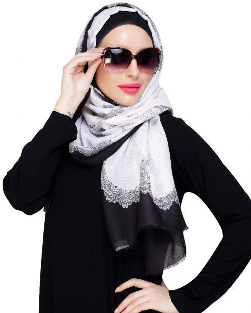 Stunning Flowerbed White Hijab