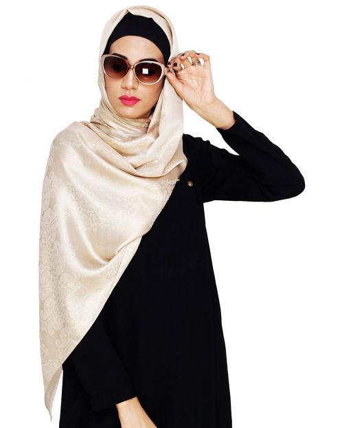 Pretty Beige Shimmer Hijab