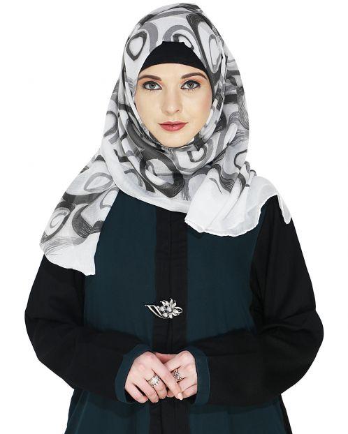 Printed White and Black Casual Hijab