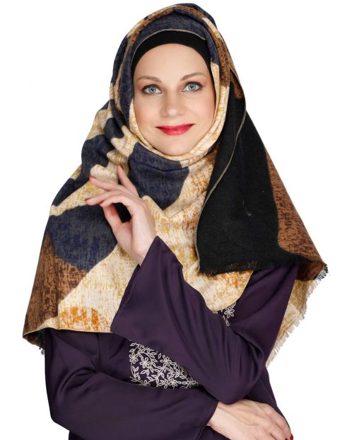 Wavelet of colours Beige woolen Hijab