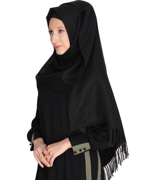 Solid Black Woolen Hijab
