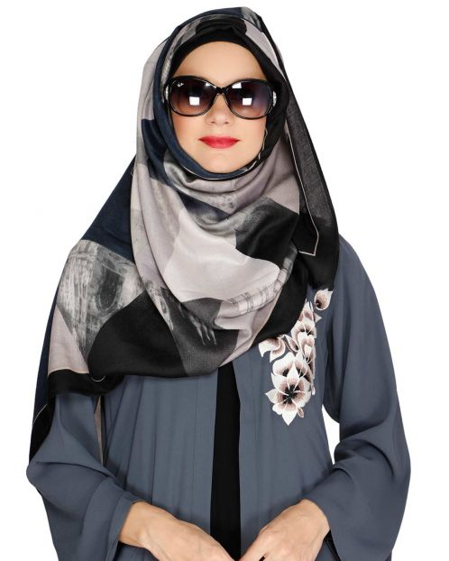 Geometric Pattern Black Hijab