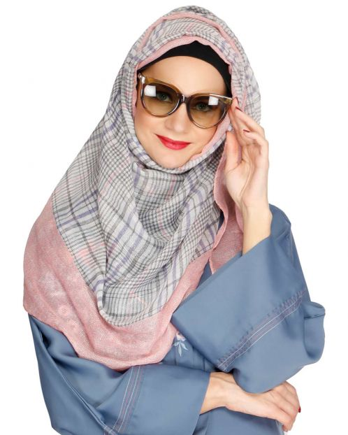 Checks and Solid Pink Border Hijab