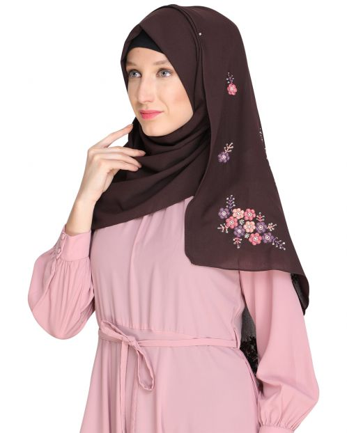Floral bootis Brown Hijab