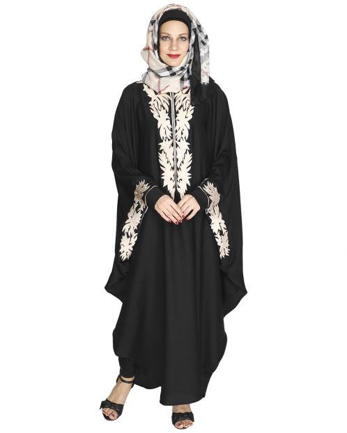 Aesthetically Elegent Black Kaftan