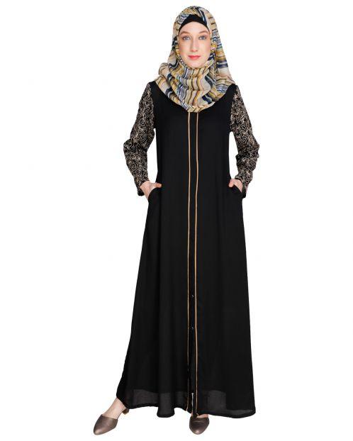 Role down Black Abaya